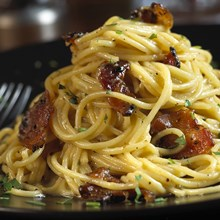 Spaghetti_Carbonara_with_Pepper-Coated_Bacon