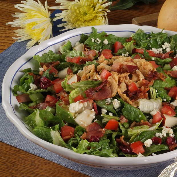 Moms_Chopped_Salad_with_Bacon_Nueskes_Recipe
