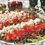 Smoked_Bacon_and_Chicken_Cobb_Salad_Nueskes_Recipe