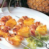 Smoked_Bacon_and_Shrimp_Pineapple_Kabobs_Nueskes_Recipe