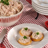Smoked_Chicken_Spread_with_Walnuts_Recipe