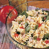 Smoked_Chicken_and_Fusilli_Pasta_Nueskes_Recipe