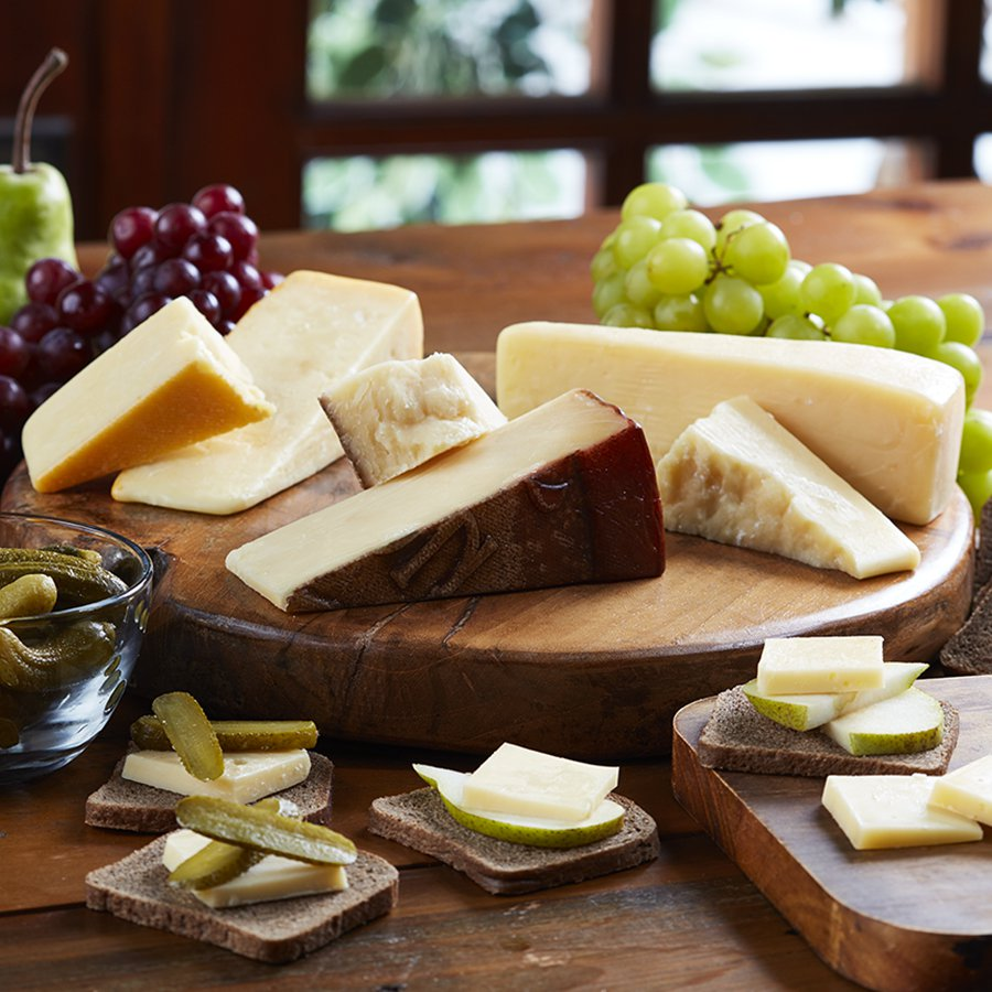 821_Saxon_Cheese_Assortment_900x900