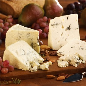 814_Nueskes_Gourmet_Blue_Cheese_Duo_Wisconsin_RT